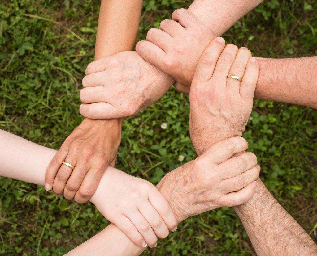 Grundversorgung, viele Senioren nehmen keine Hilfe an.