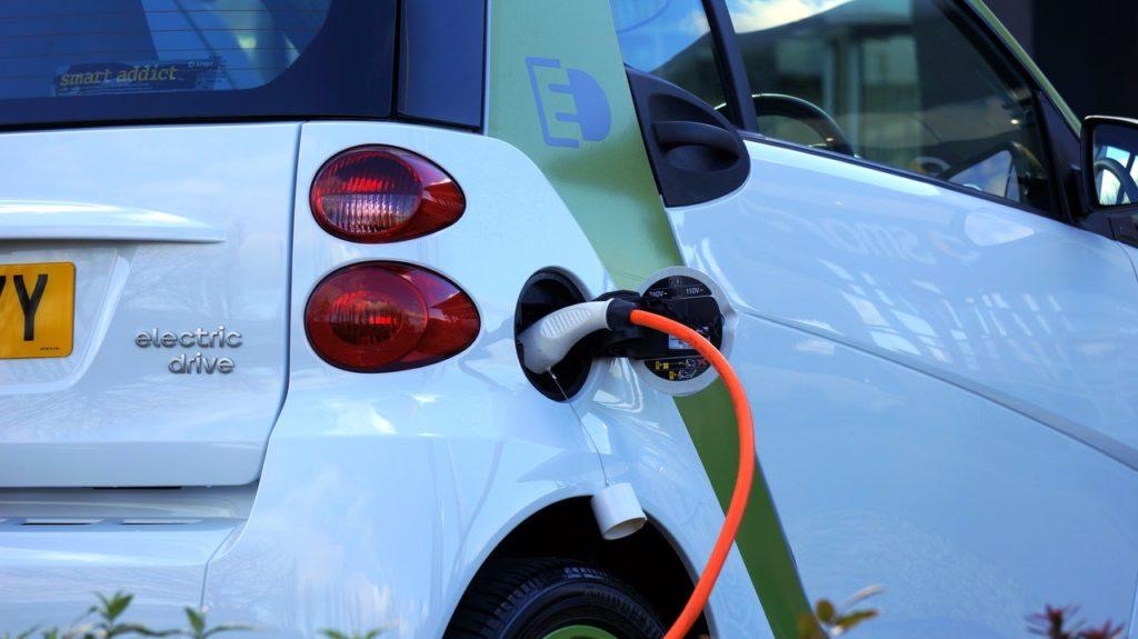 Lithium ist einer der wichtigsten Rohstoffe für die Elektromobilität.