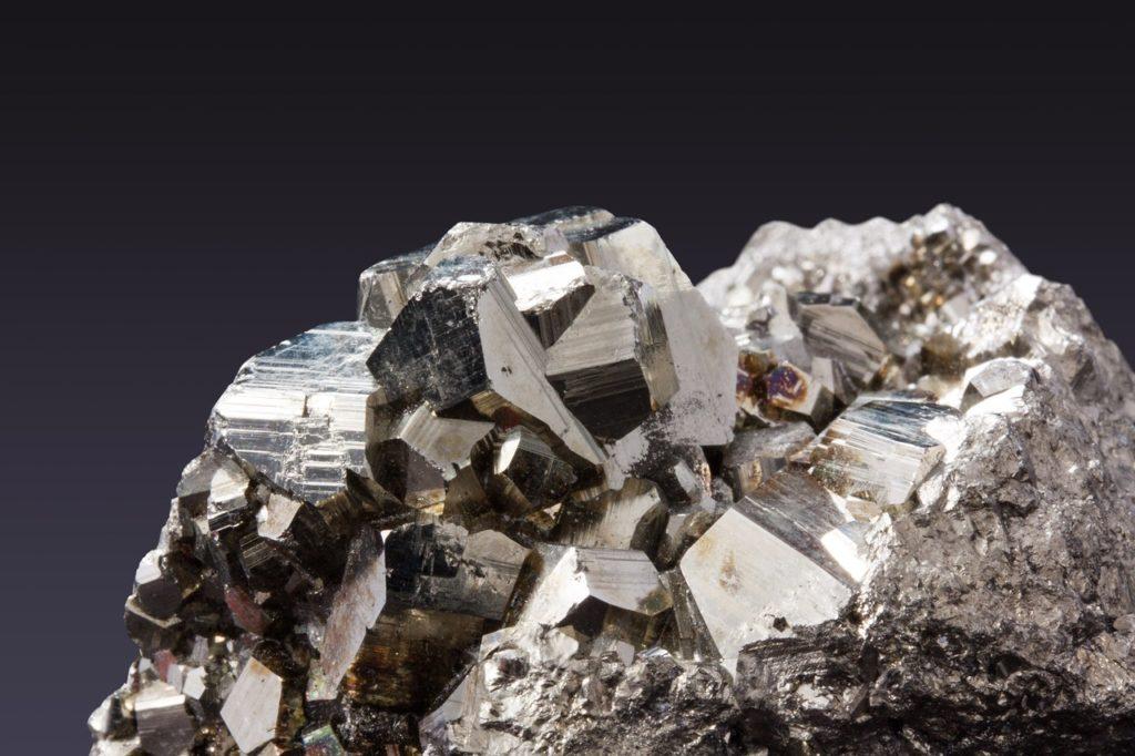 Wichtige Mineralien der Emgold Mining Corporation