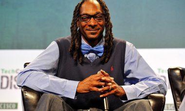 1024px-Snoop_Dogg_20985801623-e1607422680542.jpg