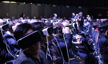 Samsungs_Virtual_Reality_MWC_2016_Press_Conference_26420235490.jpg