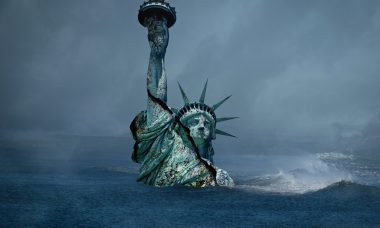 a-sinking-statue-of-liberty-5201415_1920