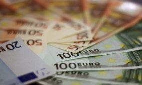 bank-notes-blur-cash-259100