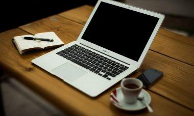 home-office-336377_1280-e1606551973484.jpg
