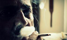 smoke-102455_1920