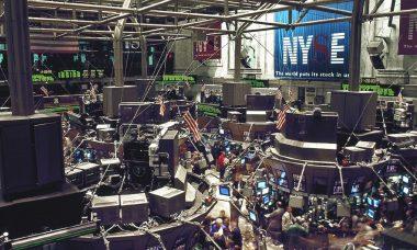 stock-exchange-738671.jpg